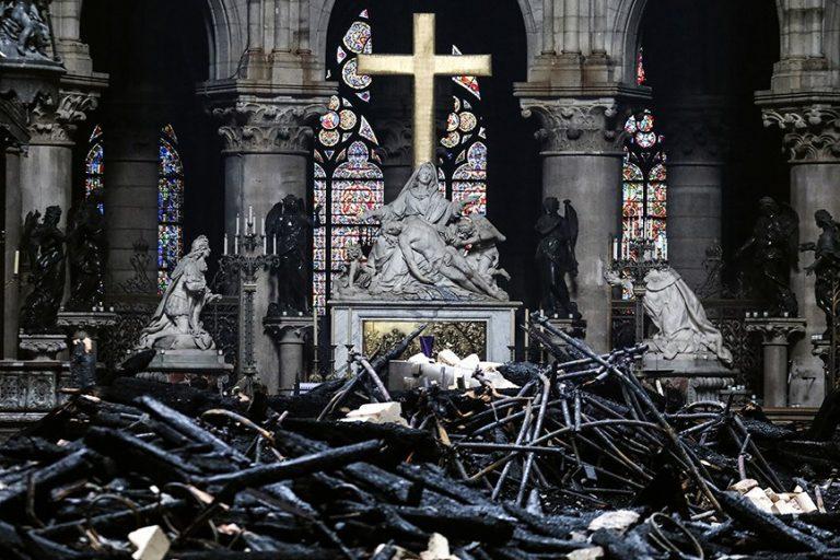 Kerk in brand